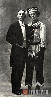 И.Ф. Стравинский и В.Ф. Нижинский в костюме Петрушки. 1911