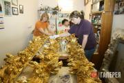 Реставрация рам от стеклярусных панно в мастерской фирмы ООО «Дедал». 2009–2010