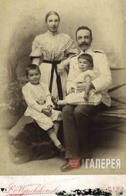 Семья А.В. Жиркевича: супруга Екатерина Константиновна, дети...