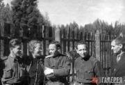 М.Н. Гриценко с белорусскими художниками