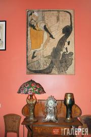 Интерьер музея Кардена с работой Анри Тулуз-Лотрека
