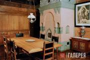 Интерьер столовой Дома-музея В.М. Васнецова в Москве