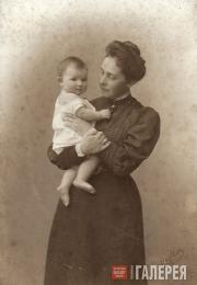 В.С. Самарина с дочерью Елизаветой. 1906