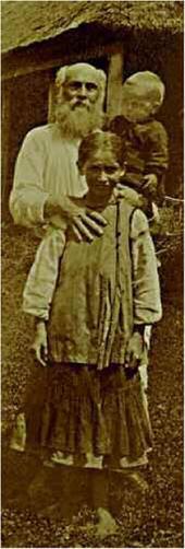 H.H. Ге с внуками Прасковьей и Иваном на хуторе Ивановском. Лето 1891