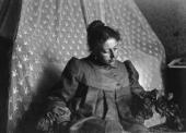 М.В.Якунчикова-Вебер. Любительское фото Л.Н. Вебера. 1898. Париж