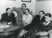 Х. Орлова и Х. Сутин в доме Орловой