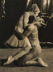АЛИСИЯ НИКИТИНА – КОШКА, СЕРГЕЙ ЛИФАРЬ – ЮНОША. «КОШКА». 1927