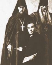 П.Д. Корин с палитрой  и кистью на фоне этюда «Иеромонах Пимен и Епископ Антонин