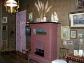 Дом-музей А.П.Чехова в Ялте. Комната с камином. Фото. 2009